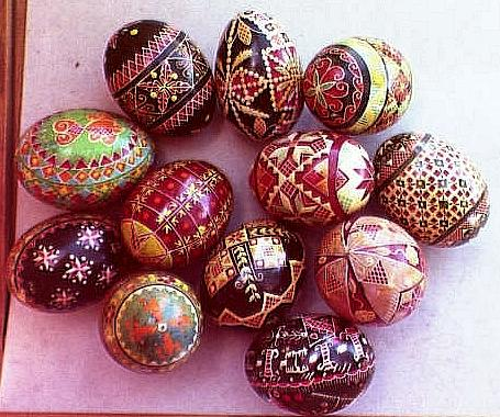 [ View 2 of Mary Koleski's pysanky ]