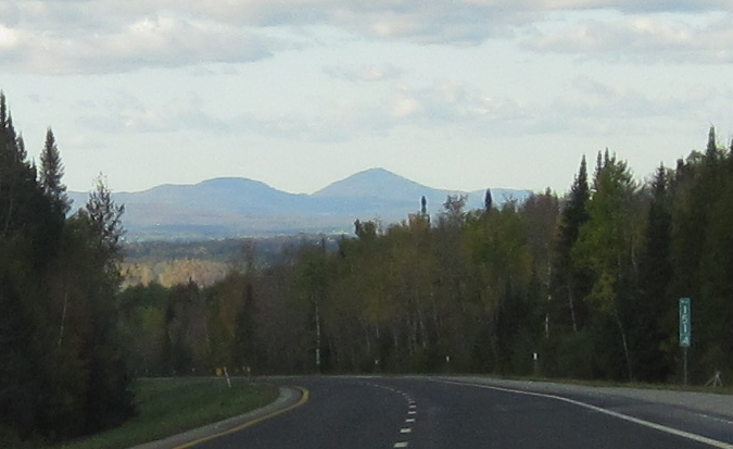 Mount Owl's Head from I91N mile 151.4